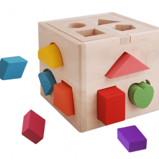 Cube intelligent en bois