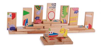 Domino en bois avec formes