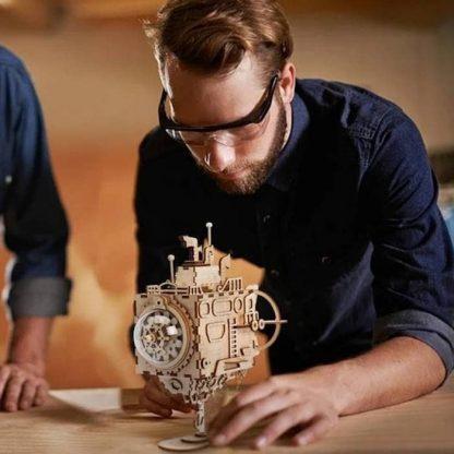 Maquette 3D en bois sous-marin