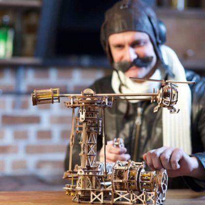 Maquette 3D en bois manège à avions 5