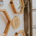 Cadre en bois pour décoration d'intérieur avec une petite plante AllinWood